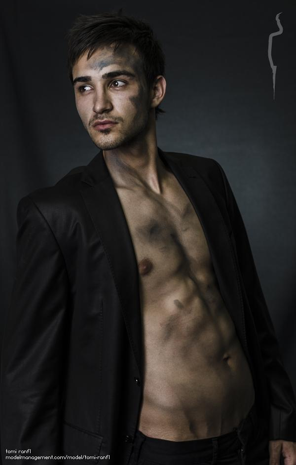 Male model Tomi